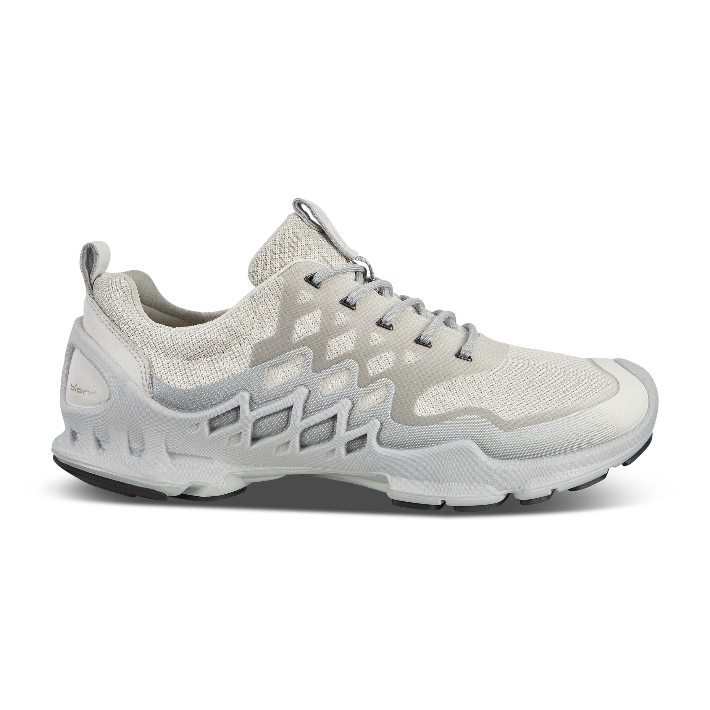 에코 ECCO BIOM AEX Mens LOW Two-Tone Shoes,WHITE/BUFFED SILVER