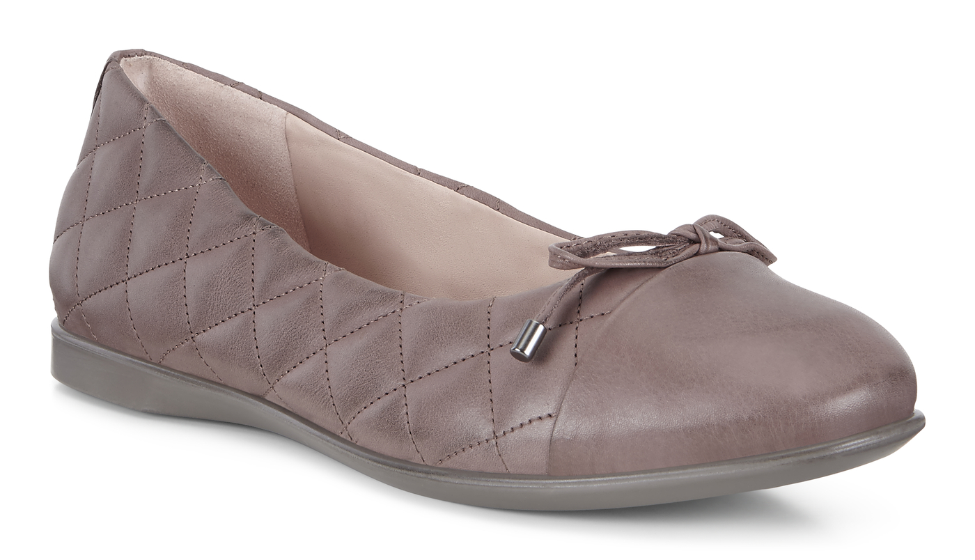 ECCO Qulited Inscise Flat