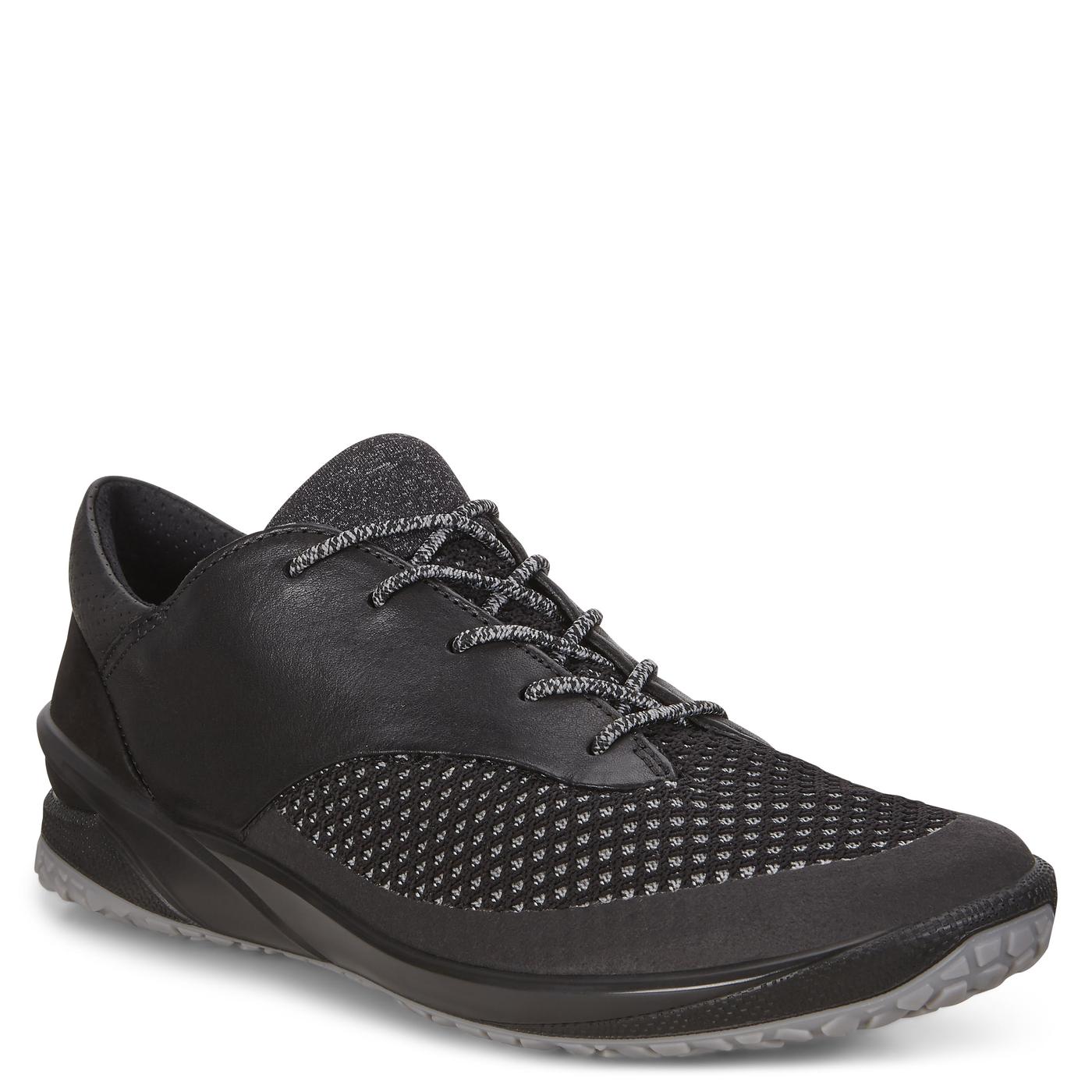 ECCO BIOM LIFE. Outdoor Shoe