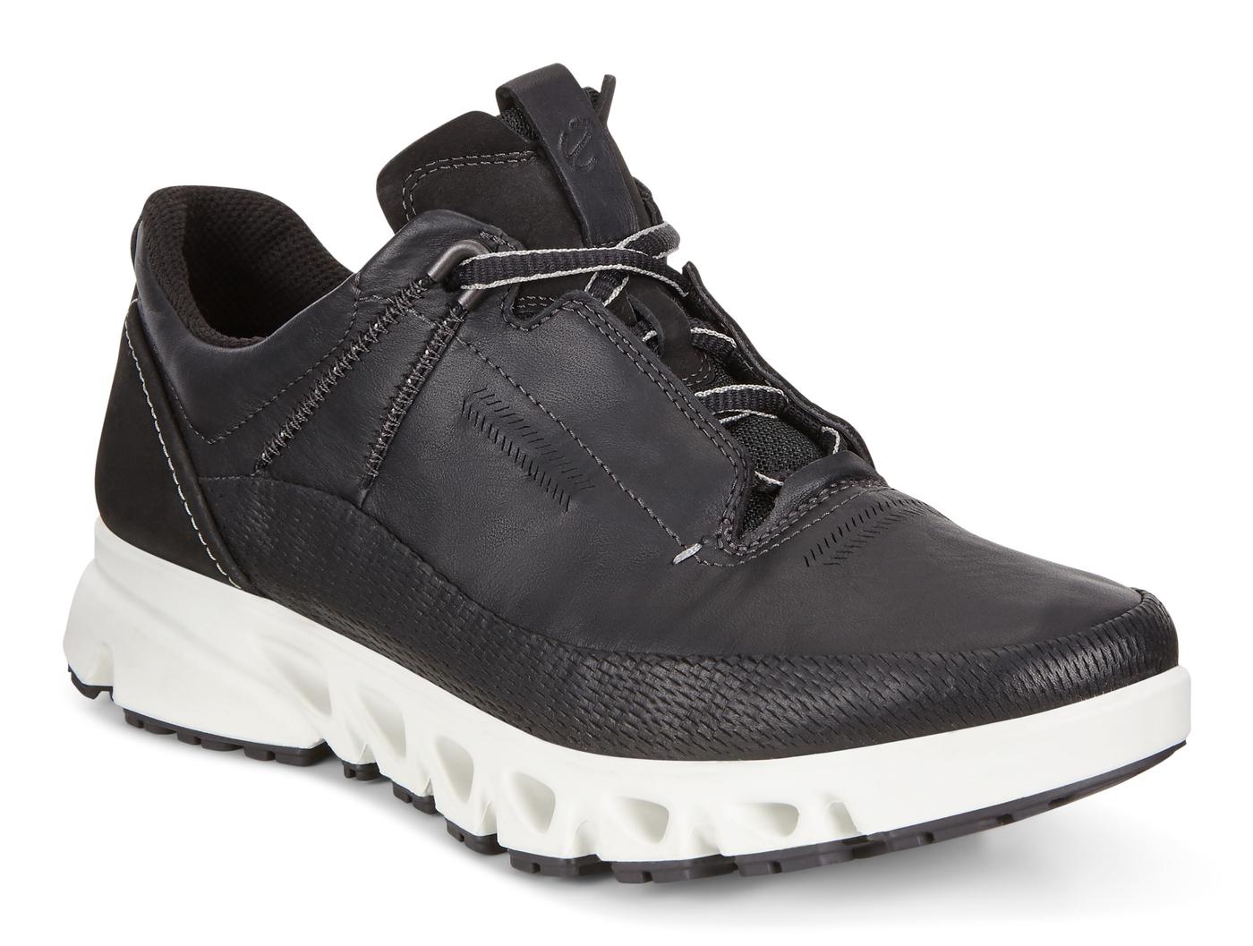 ECCO MULTI-VENT. Outdoor Shoe