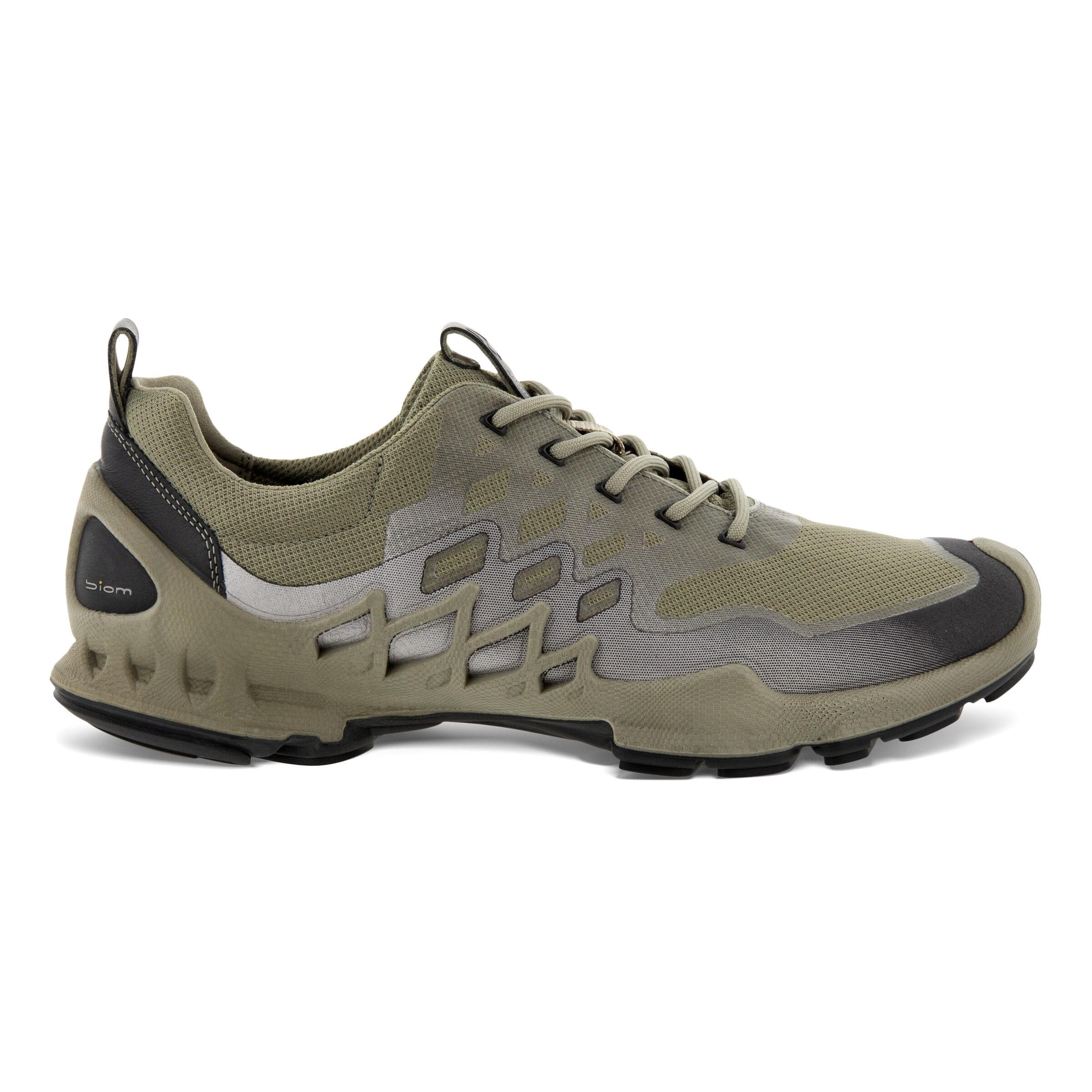 에코 ECCO BIOM AEX Mens LOW Two-Tone Shoes,VETIVER/BUFFED SILVER